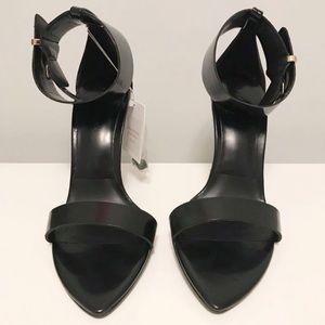 BNWT Zara heels